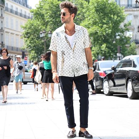 PARIS- 22 June 2017 Man on the street during the Paris Fashion Week