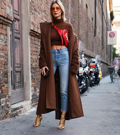 MILAN- 21 September 2017 Lisa Hahnbück on the street during the Milan Fashion Week