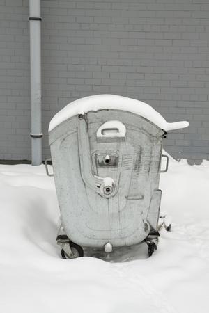 metal dust bin in winter Stock Photo - 8517886