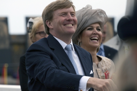 orange nassau: Queen Maxima and king W illem alexander of the Netherlands during a official introductory visit to Enkhuizen on June 19 2013 in Enkhuizen, Netherlands