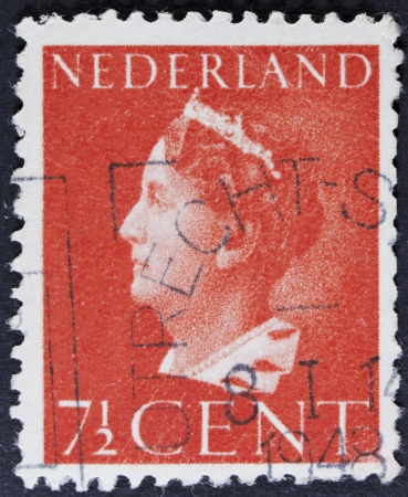 regnant: NETHERLANDS - CIRCA 1940  A stamp printed in Netherlands shows portrait of Queen Wilhelmina - Queen regnant of Netherlands Kingdom 1890 - 1948, w o inscription, series Queen Wilhelmina , circa 1940