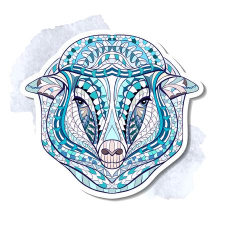 totem indiano: Patterned capi di ovini sullo sfondo del grunge. Africano indiano disegno totem tatuaggio. Pu� essere usato per la progettazione di una maglietta, sacchetto, cartolina, un poster e cos� via.