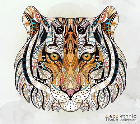 動物: 對垃圾背景的老虎圖案的負責人。非洲印度圖騰紋身設計。它可用於T卹,挎包,明信片,海報設計等。