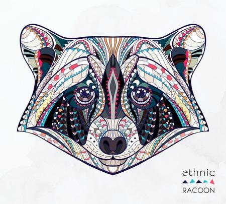 totem indien: Tête à motif ethnique de raton laveur sur la grange fond conception de tatouage totem indien Noir Illustration
