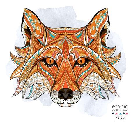 Cabeza del zorro rojo con dibujos en el fondo del grunge. Diseño / totem / tatuaje de África / India. Puede ser utilizado para el diseño de una camiseta, bolso, tarjeta postal, un cartel y así sucesivamente. Foto de archivo - 44184520