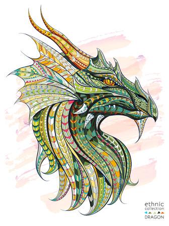 dragones: cabeza modelada del dragón en el fondo del grunge. África  diseño indio  tótem  tatuaje. Se puede utilizar para el diseño de una camiseta, bolsa, tarjeta postal, un cartel y así sucesivamente.