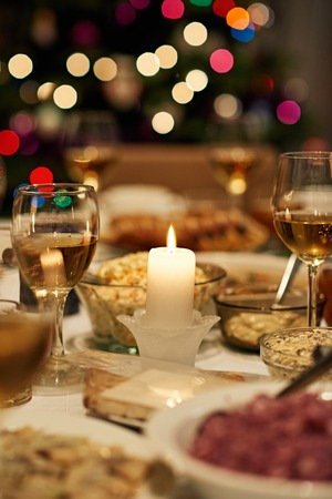 Dining table set for Christmas feast 스톡 콘텐츠