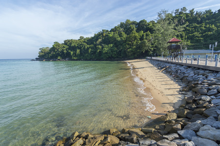 pahang: Beach rock with clear water