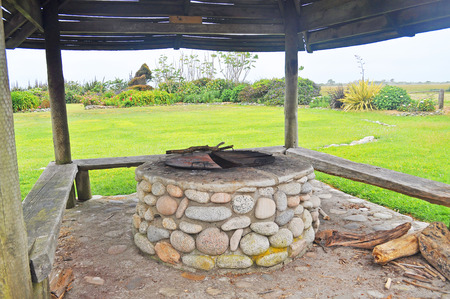 well made: Abandon old stone draw well