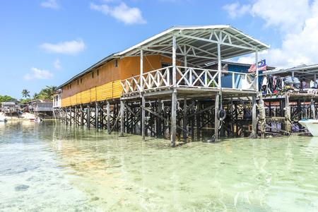 architecture bungalow: SABAH, MALAYSIA - AUGUST 15, 2015 : Traditional floating resort at Mabul Island, Sabah, Malaysia.