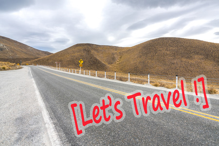 lenticular: Asphalt road with lenticular cloud at south of New Zealand Stock Photo