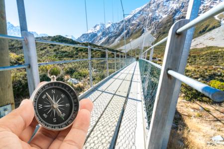 Hängebrücke über Hooker River, Nationalpark Mount Cook, Canterbury, Südinsel, Neuseeland