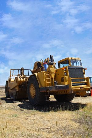 earth mover: Earth mover mining equipment