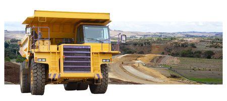 camion volquete: Carretera nueva del emplazamiento de la obra bajo construcci�n con el carro de descarga gigante Foto de archivo