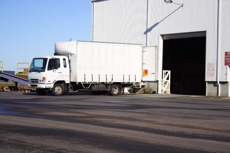 Small white truck Banque d'images