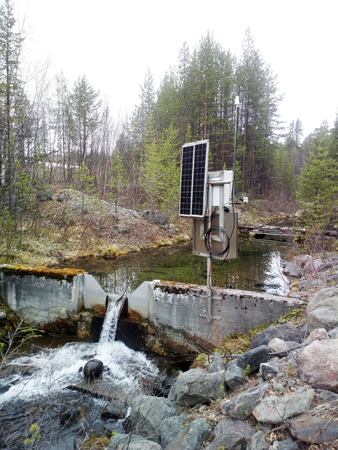 narrowing: Science. Hydrological research, hydrological station. Measurement of water flow, flood prevention, . Devices for study of runoff of small rivers and tributaries