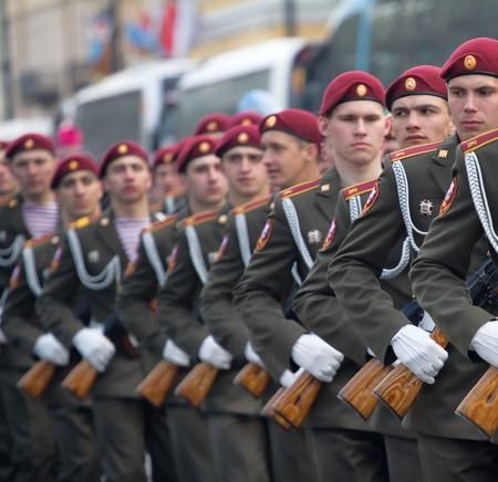 a rehearsal: Russia, Saint Petersburg - May 9, 2017: Soldiers on parade in new uniform on city streets Editorial