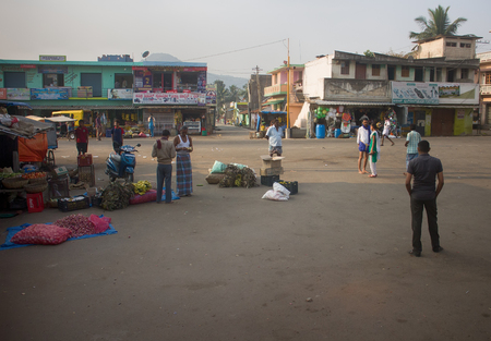 India, Chengam - January 28, 2016: Daily life of India 2. On platform of provincial bus station (passengers and retail outlets)