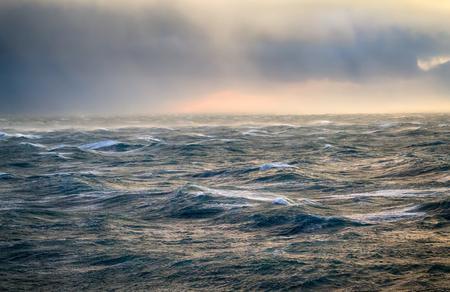 Glacier breeze, katabatic wind. Bora, dangerous wind in the Arctic ocean, Novaya Zemlya, Russia Archivio Fotografico