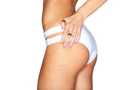 junge nackte m�dchen: Sch�nen weiblichen K�rper. sexy ass in wei�en Schwimmhose. isoliert auf wei�em Hintergrund