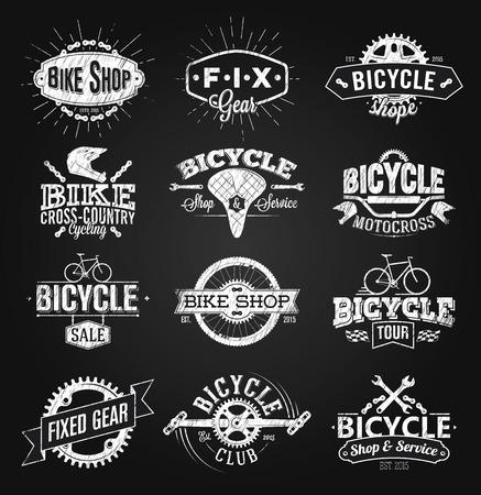 Typografische Fahrrad Etikett und Logo Kreidezeichnung Standard-Bild - 70052677
