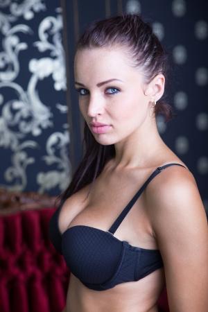 Sexy uitziende brunette meisje, portret schot