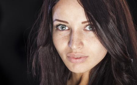 beauty spot: Nice caucasian girl with freckles