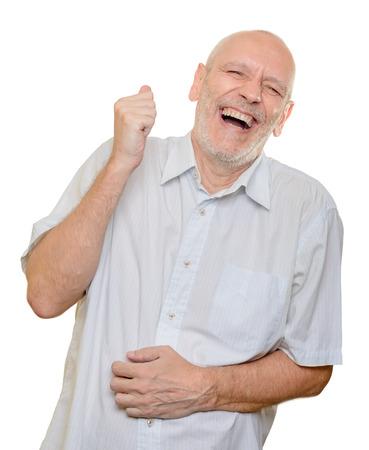 Man met een lichte katoenen shirt hardop lachen, geïsoleerd op een witte achtergrond Stockfoto