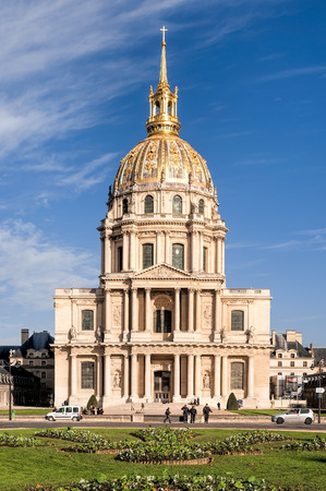 invalides: ParisFrance - October 6, 2009: Les Invalides is a complex of museums and monuments in Paris,and the burial site for some of Frances war heroes,notably Napoleon Bonaparte