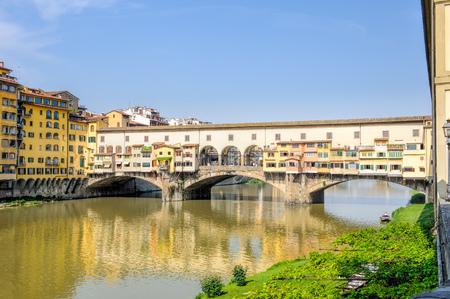 ponte: View of the Ponte Vecchio (Old Bridge) in Florence, Italy Stock Photo
