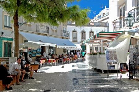 developed: Lagos es un lugar encantador en la costa del Algarve, es ser tradicional portuguesa ha conservado y ha desarrollado al mismo tiempo a un destino cosmopolita que recibe a miles de turistas cada a�o