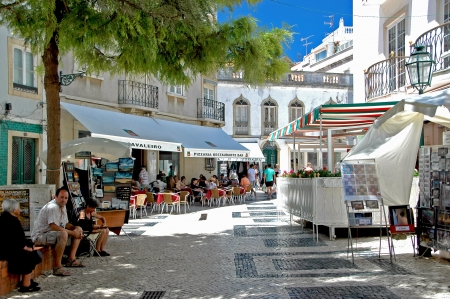 Lagos is an enchanting coastal place in Algarve, be traditional Portuguese being has preserved and has developed at the same time to a cosmopolitan destination which greets thousands of tourists every year