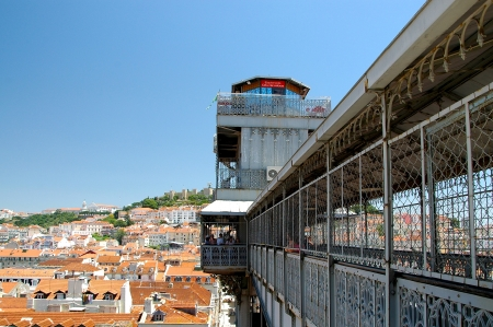 elevador: A lift in the middle of Lisbon He connects parts of town with each other Baixa untertown with Chiado and Bairro Alto upper town of The Elevador de Santa Justa a 45-metre-high tower of steel is, richly decorated in the neo-Gothic style