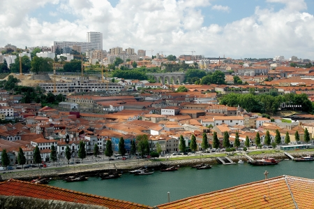 rabelo: Compared with the centre of Porto, on the south shore of the river Douro, the numerous port houses are a popular place of interest