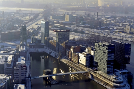 north  rhine westphalia: He is a prime example of professional urban development  The Media Harbour Duesseldorf  World-renowned architects