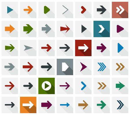 flecha direccion: Ilustraci�n vectorial de simples iconos de flecha cuadrados. Dise�o plano. Vectores