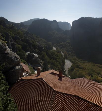 monasteri: monasteri ortodossi si trovano sulle cime delle scogliere grandiose.