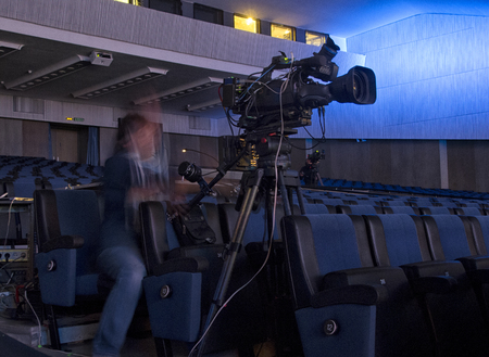 hall monitors: TV broadcast of the event from the concert hall