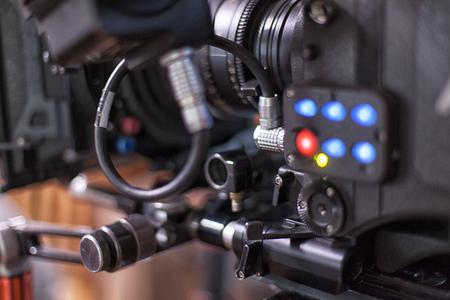 長編映画やテレビ シリーズの撮影のためのカメラ 写真素材