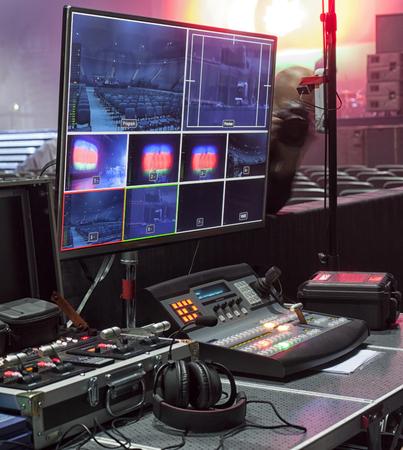 l'équipement de télévision du panneau de commande, le câble TV, le câble vidéo.