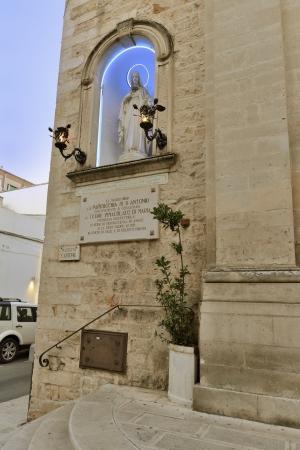 friezes: Martina Franca TA - outside the Church of San Antonio