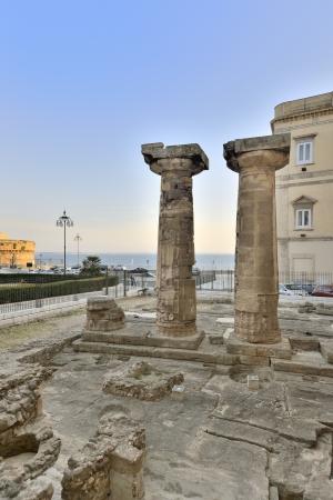 doric: Taranto - ruinas del templo d�rico