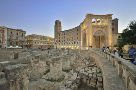 Lecce - the amphitheater next to Piazza Sant Oronzo Imagens