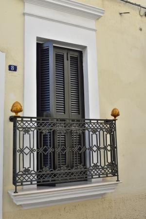 ceramica: Grottaglie TA - detail of a building