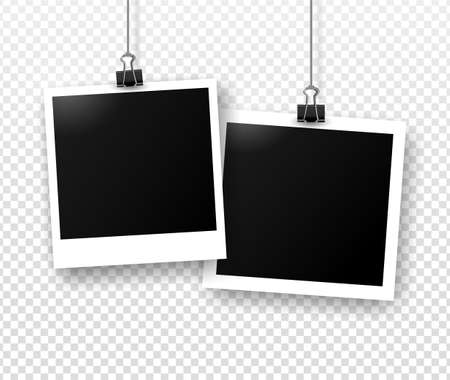 Photo frames hanging on binder clips with shadow. Template for editing. Vector realistic illustration of empty photo isolated on transparent gray background. Vettoriali