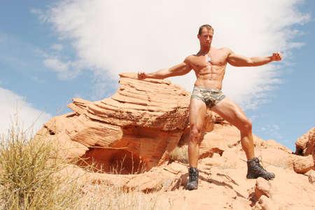 Sexy muscolare corpo costruttore
