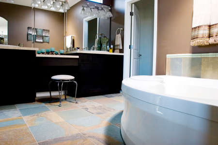 bathroom tile: Modern tastefully decorated bathroom