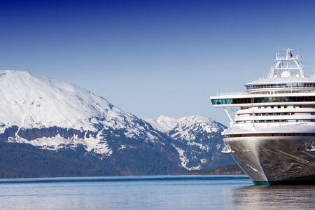 Docked Alaskan cruise ship  版權商用圖片