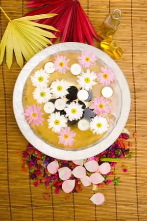 White daisies and spa candles in water Stock Photo - 2336769