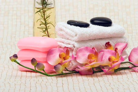 stone wash: Spa towels, pink orchid and essential oils